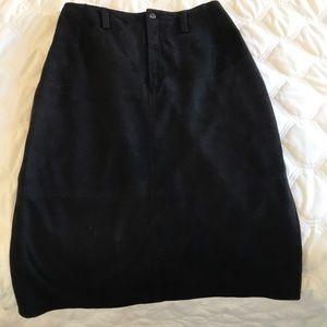 Brown suede midi skirt. Paper bag waist.High rise